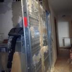 Colocación cajón metálico para puerta corredera
